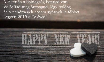 Boldog új esztendőt kívánunk minden olvasónknak!