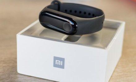 A Xiaomi Mi Band 3 új színt és új csomagolást kap
