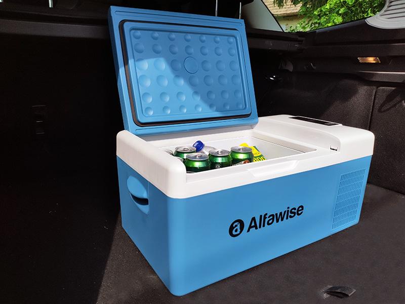 Mínusz 30 fok a csomagtartóban, kipróbáltuk az Alfawise okos hűtőládáját