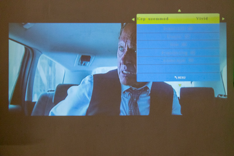 Blitzwolf projektor 25 ezer forintért – örülni fog neki a család? 18