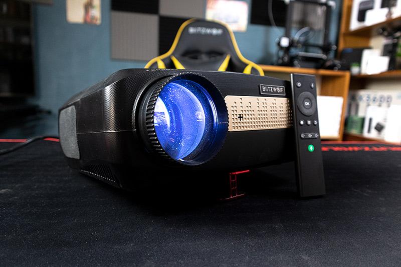 Blitzwolf BW-VP9 projektor teszt – vigyél haza egy mozit!