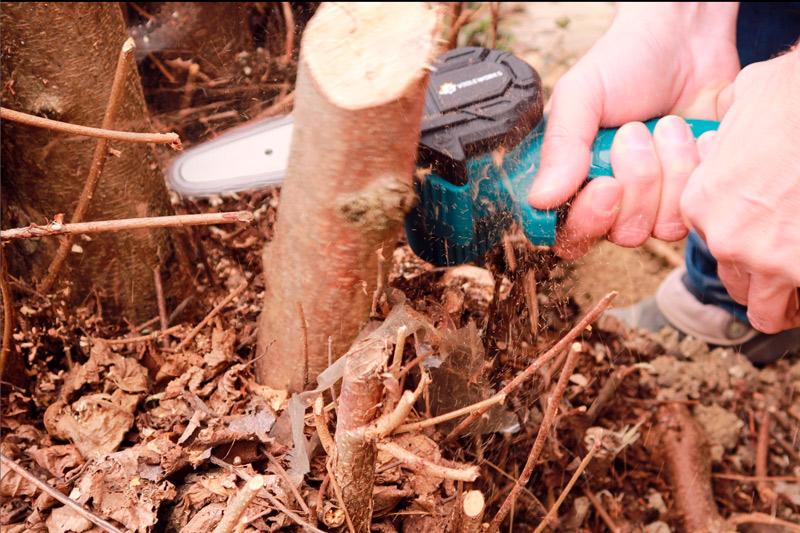 Irány a kerti munka - mini láncfűrész teszt 7